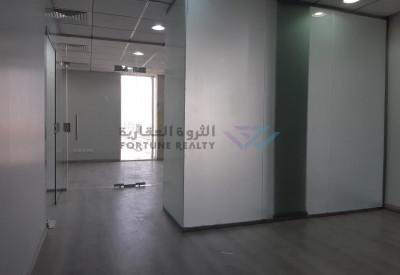 مكتب فاخر على طريق الملك عبدالله