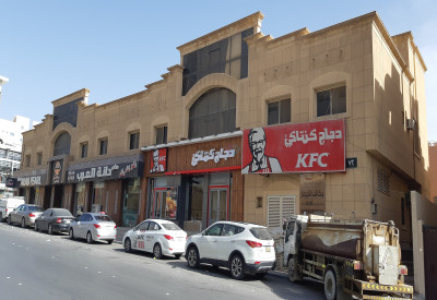 محلات على طريق الملك عبدالله بحي الرائد