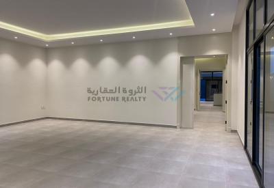 للبيع فلل مودرن راقيه جدًا مع مسبح شمال الرياض حي النرجس واجهه جنوبيه  شارع 20 مساحه 390 م