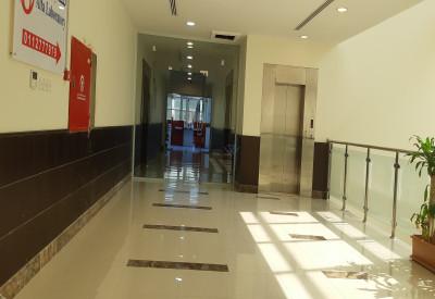 للايجار مكاتب بالقرب من طريق الملك فهد