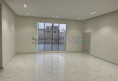 للبيع فلل مودرن شمال الرياض حي النرجس مخطط القمرا مساحة 312 م