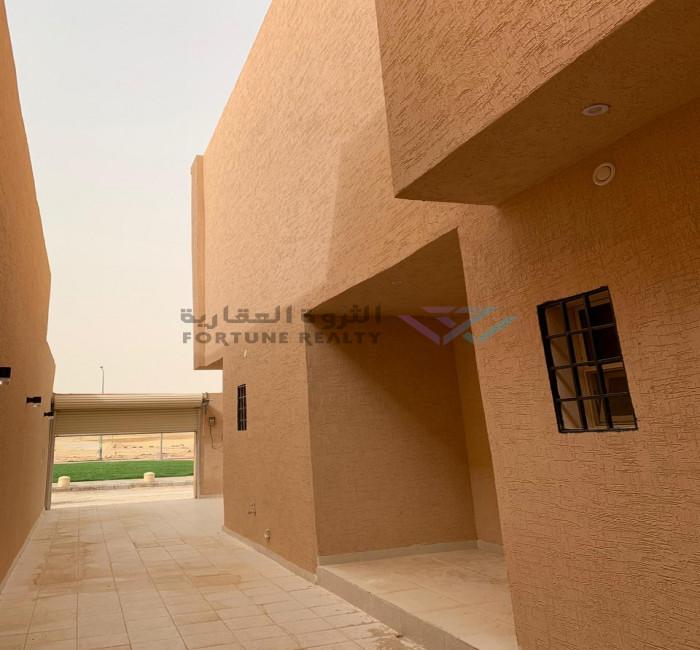 فيلا للبيع - جنوب الرياض